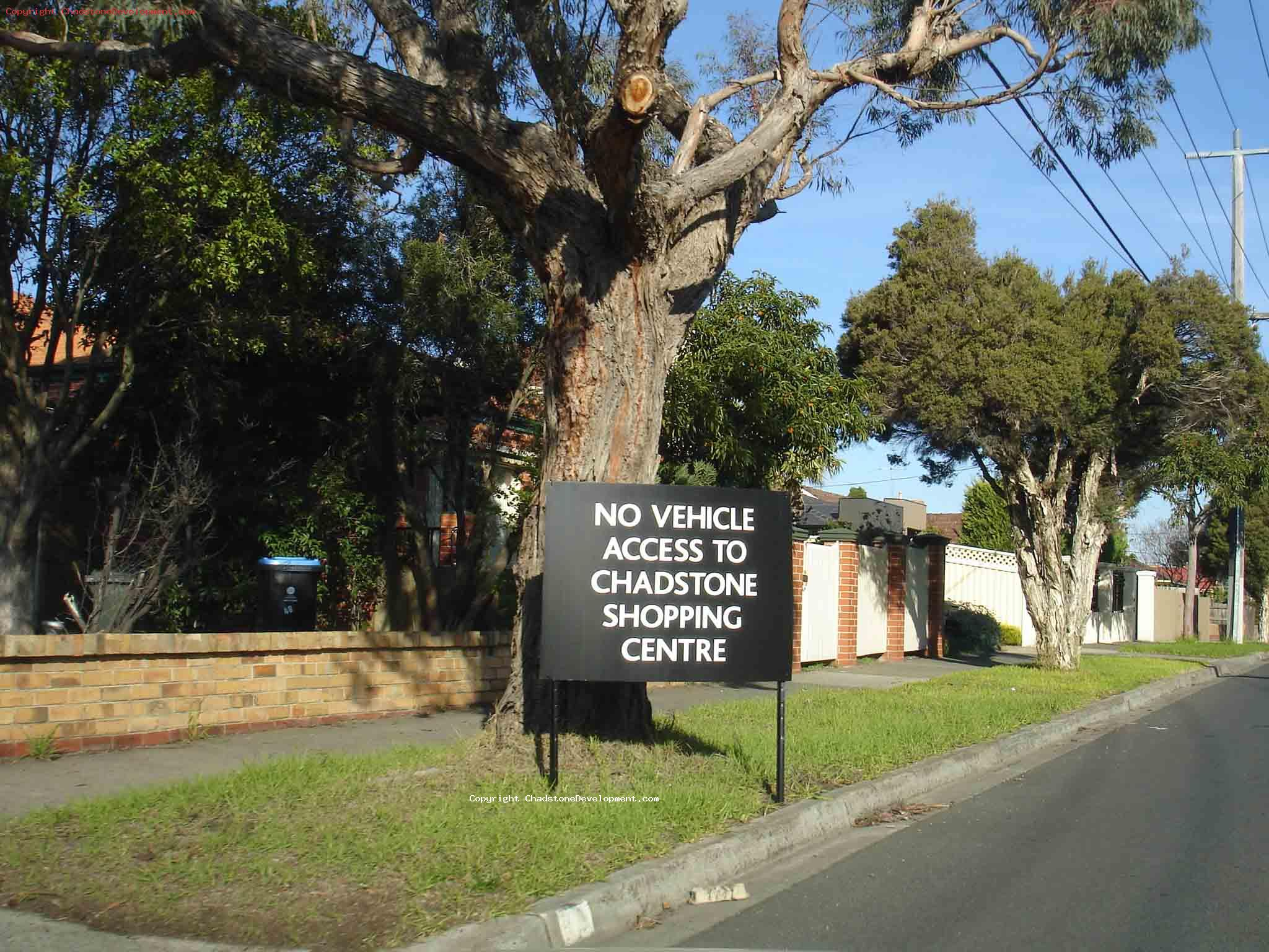 Capon St - No Vehicle access to shopping centre - Chadstone Development Discussions