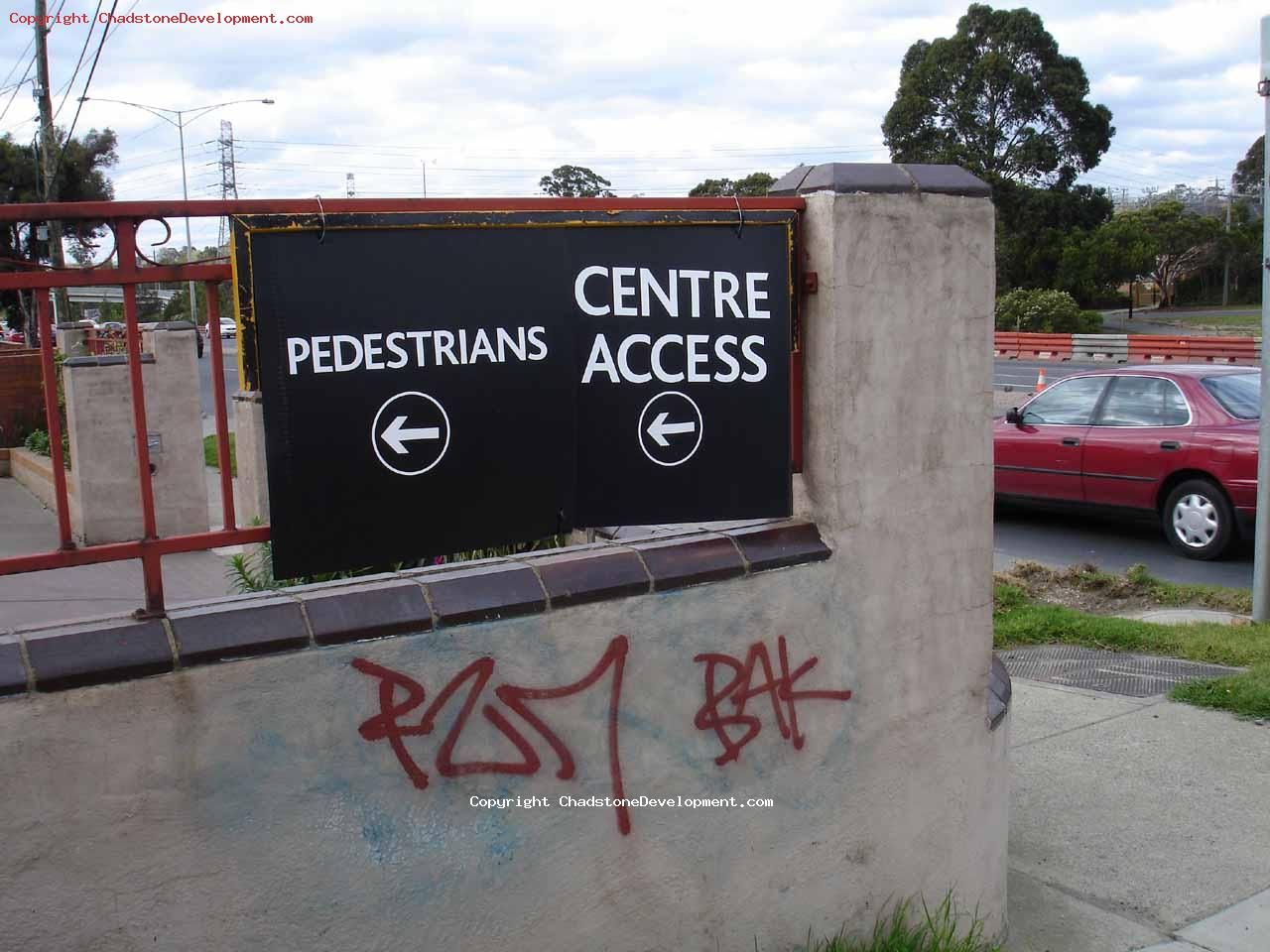 Signage at Warrigal Rd for pedestrians - Chadstone Development Discussions