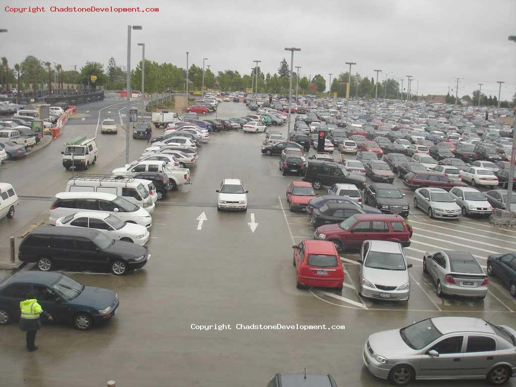 Nearly impossible to get parking just before christmas - Chadstone Development Discussions